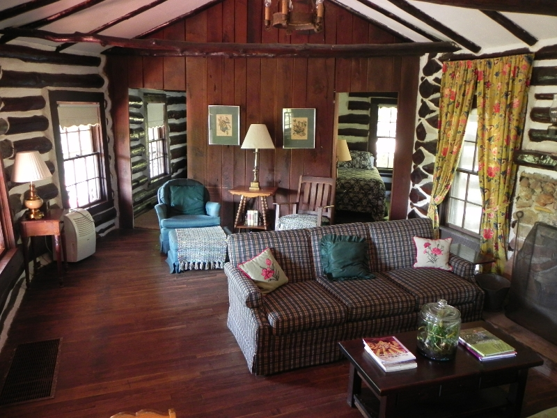 Wilderness Lodge Resort | restaurant | 2331 Co Rd 342, Lesterville, MO 63654, USA | 5736372295 OR +1 573-637-2295