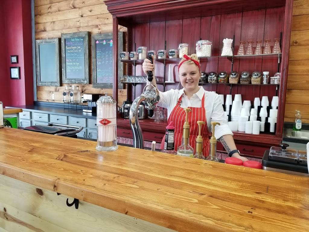 Megans Old Fashioned Ice Cream Parlor | restaurant | 818 Ave G, Fort Madison, IA 52627, USA | 3193720599 OR +1 319-372-0599