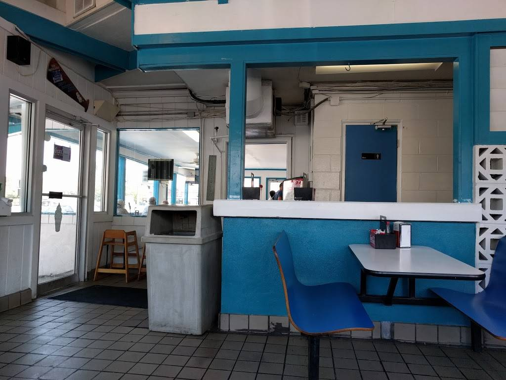 Zesto Drive-In | restaurant | 3239 Forest Dr, Columbia, SC 29204, USA | 8037824454 OR +1 803-782-4454
