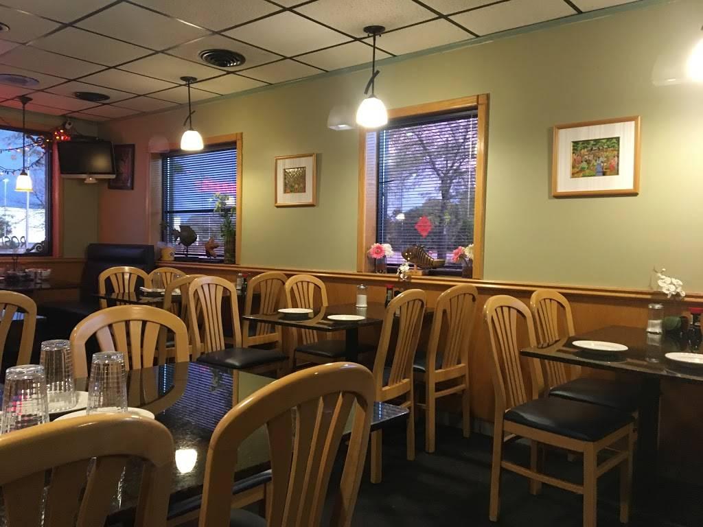 Rosded Too Thai   restaurant   9510 Waukegan Rd, Morton Grove, IL 60053, USA   8479655561 OR +1 847-965-5561