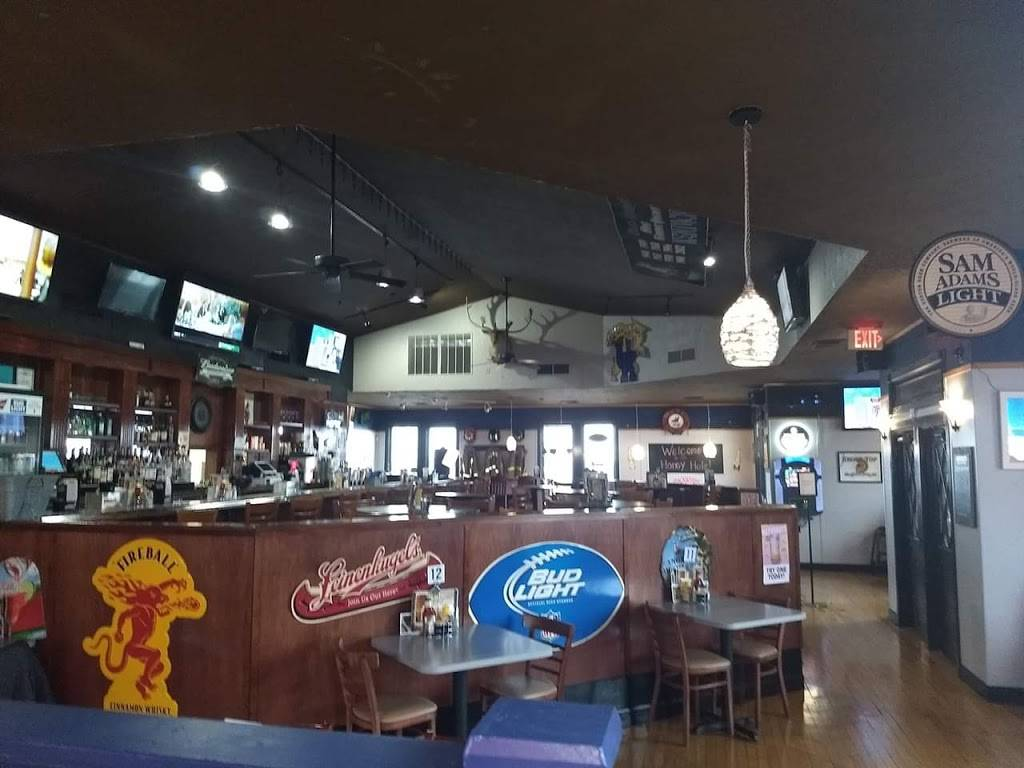 Honey Hole Bar & Grill | restaurant | 7501 Alexandria Pike, Alexandria, KY 41001, USA | 8596944018 OR +1 859-694-4018