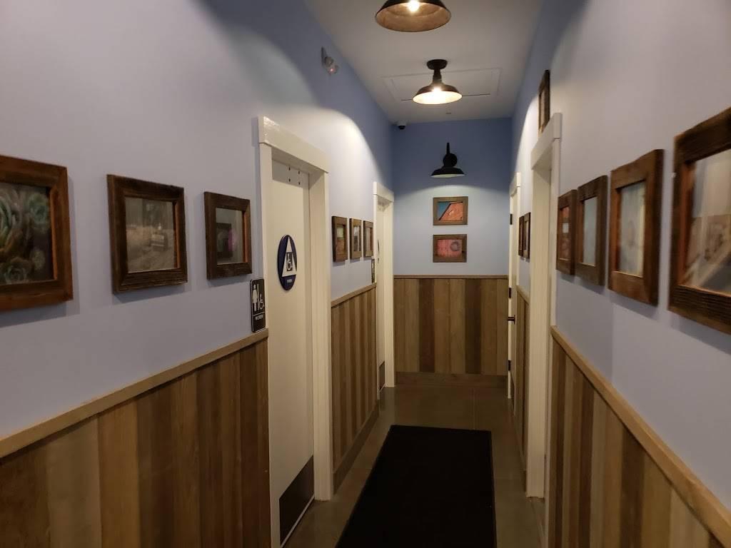 Blue Barn   restaurant   819 Grant Ave, Novato, CA 94945, USA   4158956577 OR +1 415-895-6577