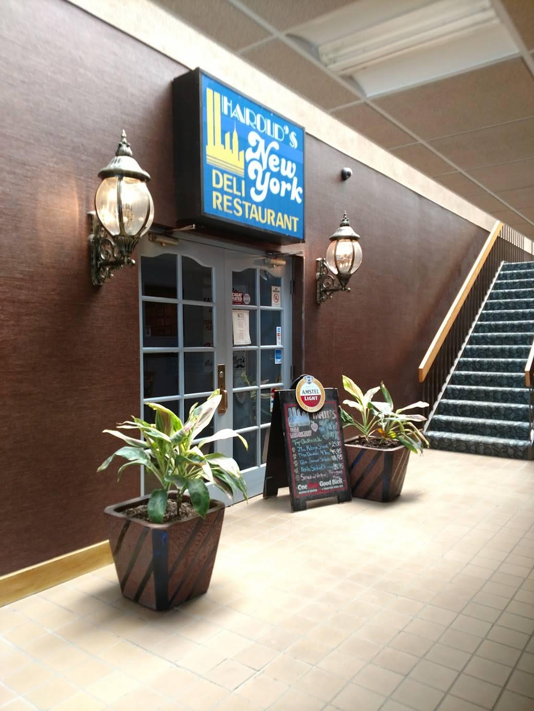Harolds New York Deli   restaurant   10 Polito Ave, Lyndhurst, NJ 07071, USA   2019352600 OR +1 201-935-2600