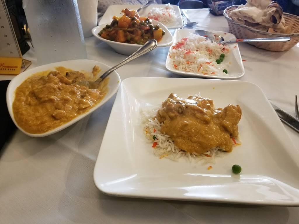 Taj Tandoor   restaurant   1953 Deer Park Ave, Deer Park, NY 11729, USA   6312433989 OR +1 631-243-3989