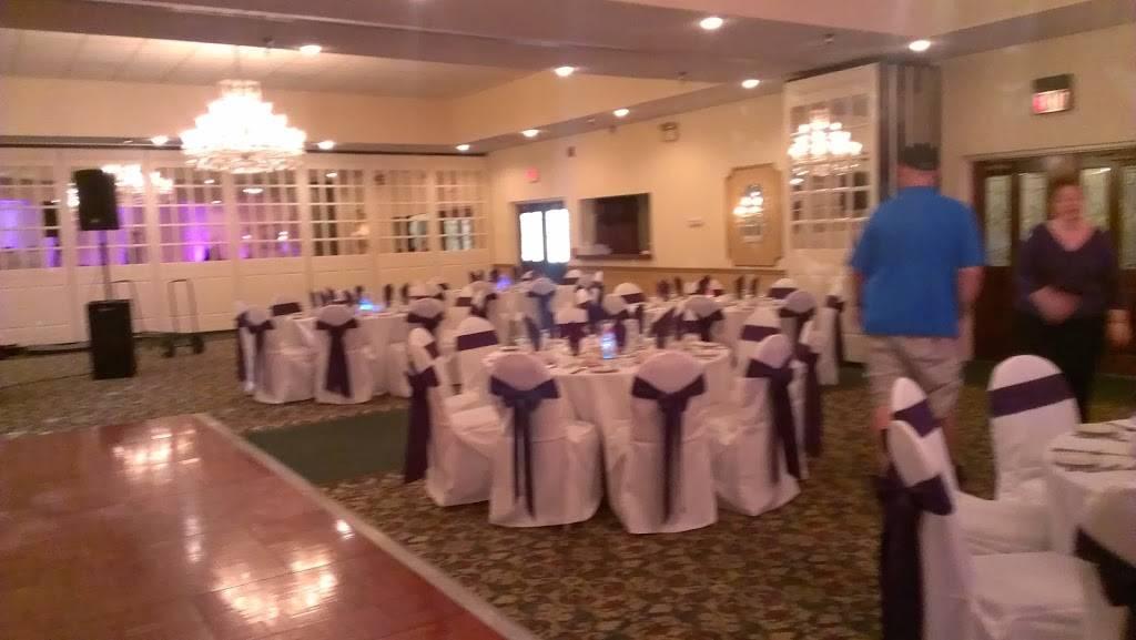 Spartan Manor | restaurant | 6121 Massachusetts Ave, New Port Richey, FL 34653, USA | 7278496464 OR +1 727-849-6464