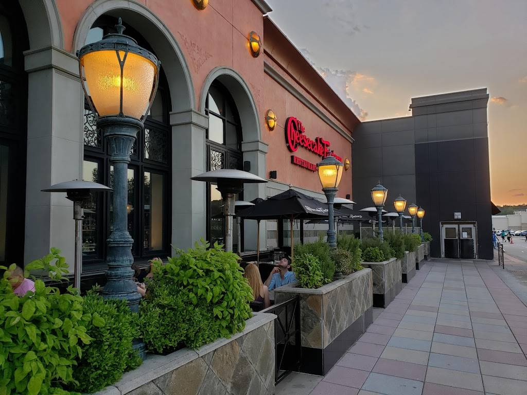 The Cheesecake Factory | restaurant | 4325 Glenwood Ave, Raleigh, NC 27612, USA | 9197810050 OR +1 919-781-0050
