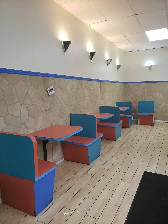 Yummie | restaurant | 376 E Gun Hill Rd, Bronx, NY 10467, USA | 3476418033 OR +1 347-641-8033