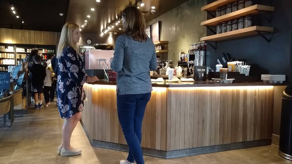 Starbucks | cafe | 60 Bedford St, Lexington, MA 02420, USA | 7818631189 OR +1 781-863-1189