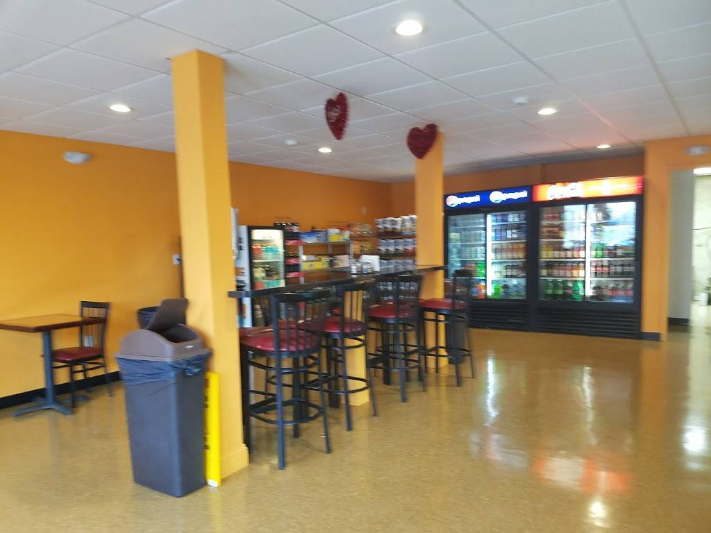 Martinos Pizza and Deli | restaurant | 184 Great Plain Rd, Danbury, CT 06811, USA | 2037912910 OR +1 203-791-2910