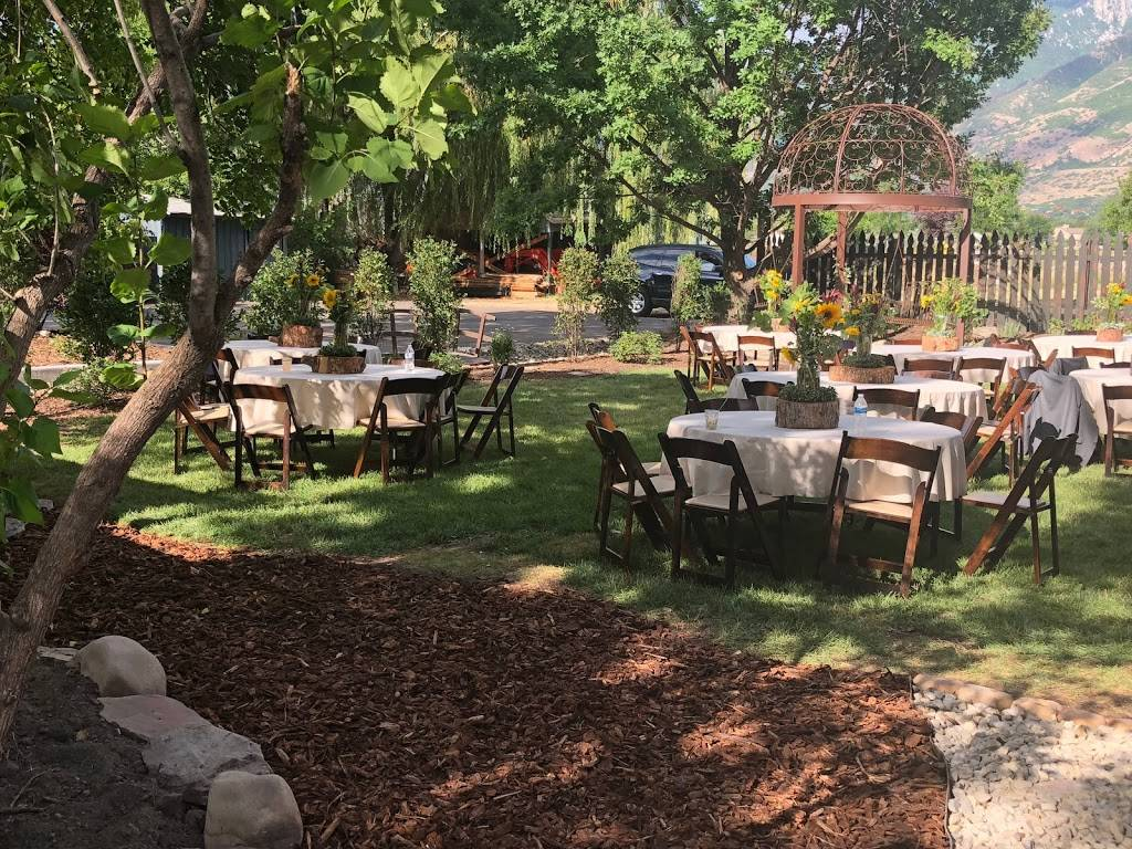 Chestnut Pines | restaurant | 12825 S Fort St, Draper, UT 84020, USA | 3857871078 OR +1 385-787-1078