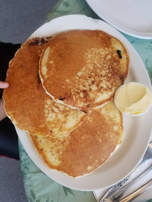 Pancakes Plus   bakery   6580 US-301, La Plata, MD 20646, USA   3019341740 OR +1 301-934-1740