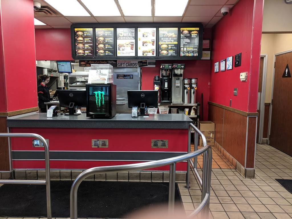 Hardees | restaurant | 35155 Mound Rd, Sterling Heights, MI 48310, USA | 5862749708 OR +1 586-274-9708