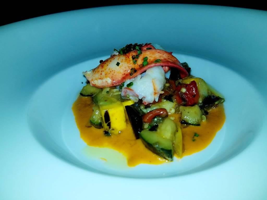 Nicholas Barrel & Roost | restaurant | 160 NJ-35, Red Bank, NJ 07701, USA | 7323459977 OR +1 732-345-9977