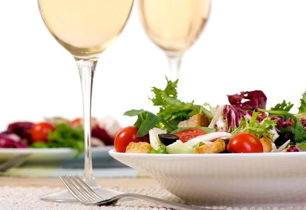 Bistro Le Balzac   restaurant   17575 Boul Bécancour, Bécancour, QC G9H 1A5, Canada   8003611620 OR +1 800-361-1620