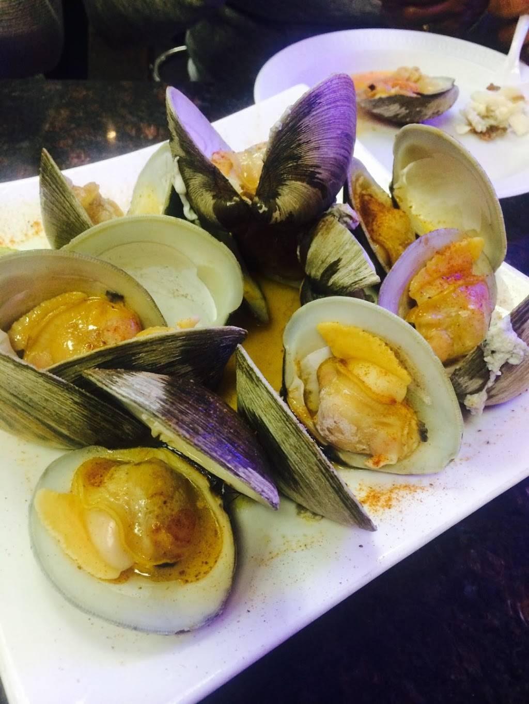 SEAFOOD King Fish Market Inc. | restaurant | 3903 Broadway, New York, NY 10032, USA | 2127812688 OR +1 212-781-2688