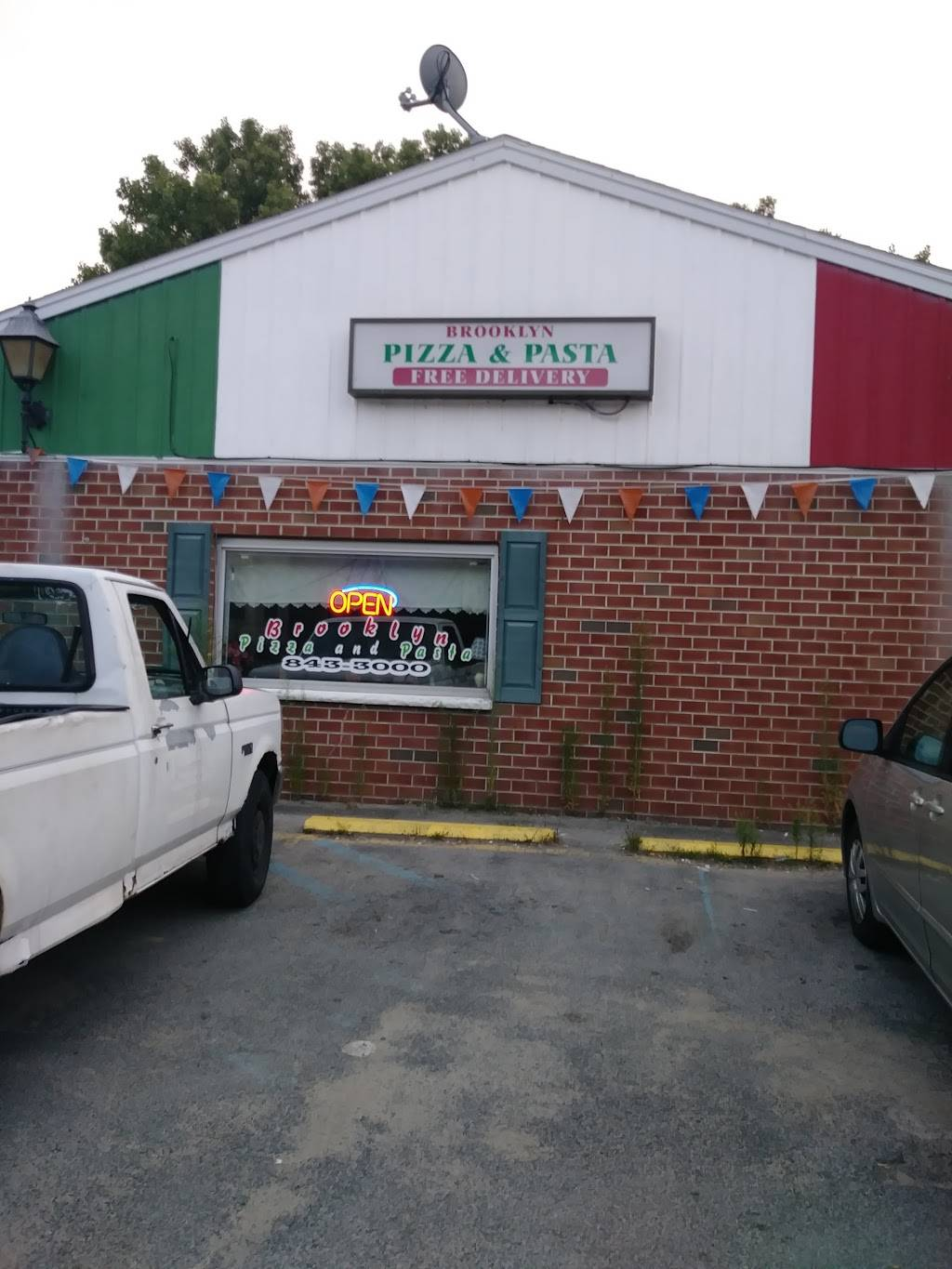 Brooklyn Pizza & Pasta | restaurant | 145 Lenox Ave, Oneida, NY 13421, USA | 5188433000 OR +1 518-843-3000