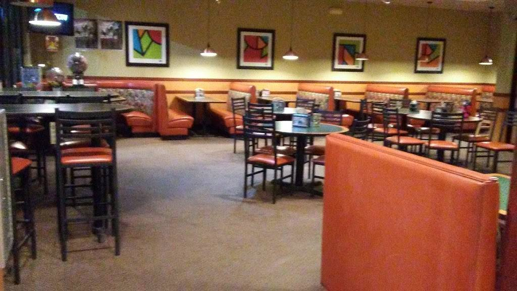Round Table Pizza Meal Delivery 5085 Business Center Dr Suite 102 Fairfield Ca 94533 Usa