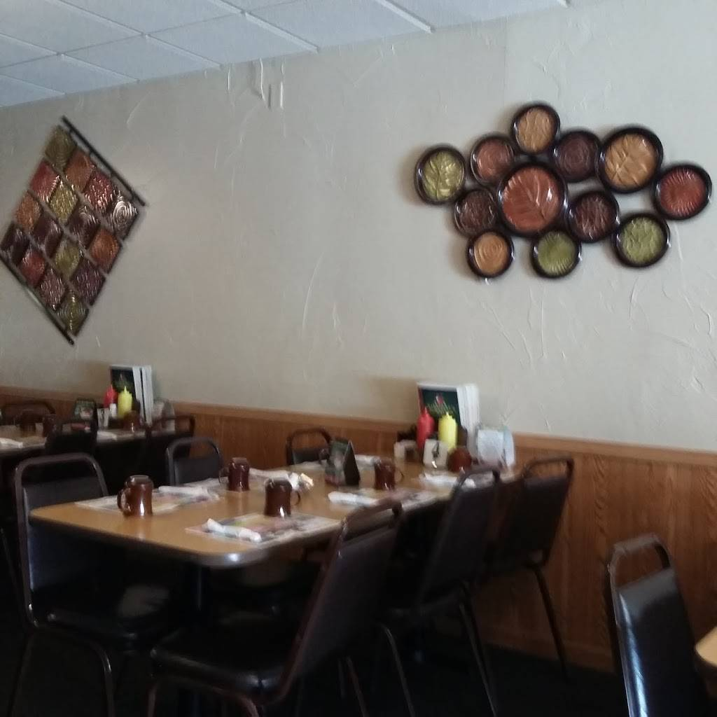 Applejacks Restaurant & Pub /Edgewater Sports Bar | restaurant | 20 W Hosmer St, Marinette, WI 54143, USA | 7157324772 OR +1 715-732-4772