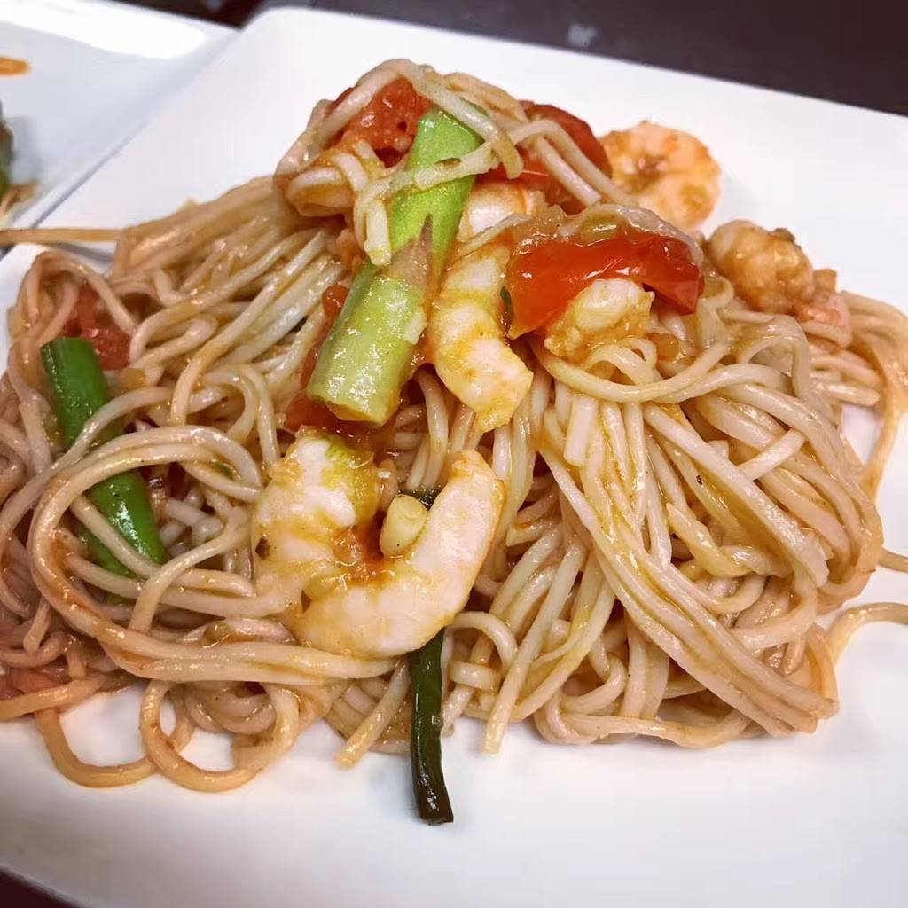 Little Town cafe | restaurant | 90-21 63rd Dr, Rego Park, NY 11374, USA | 7183975095 OR +1 718-397-5095