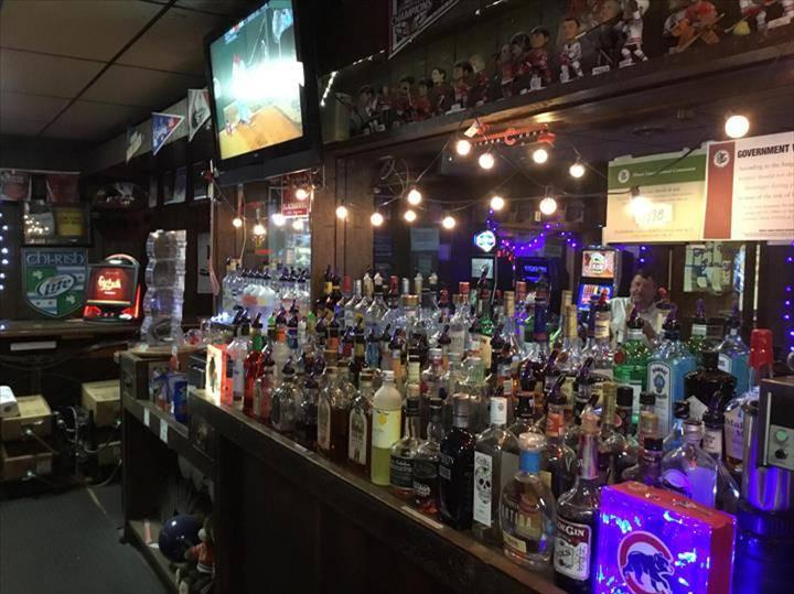 Hometown Lanes & Sports Bar   night club   209 W Main St, Plano, IL 60545, USA   6305524177 OR +1 630-552-4177