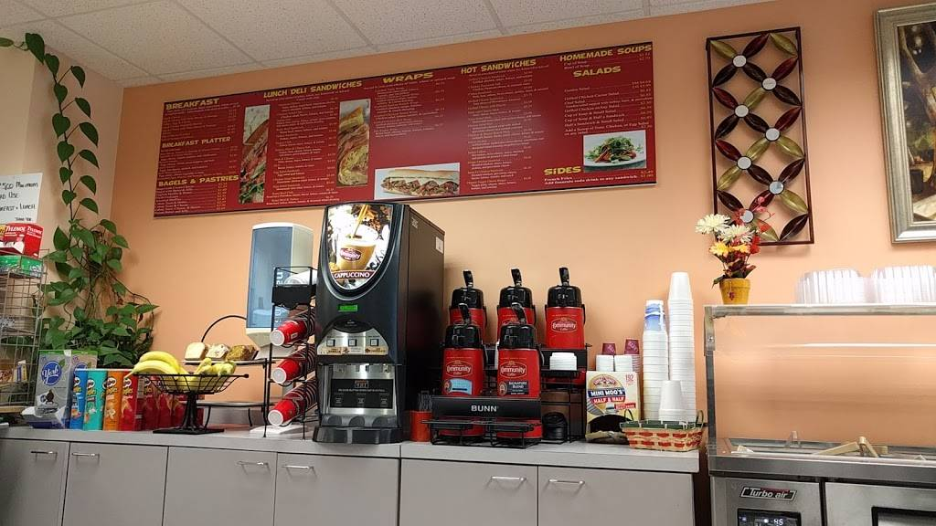 Your Way Cafe | restaurant | 17757 US Hwy 19 N, Clearwater, FL 33760, USA | 7275309509 OR +1 727-530-9509