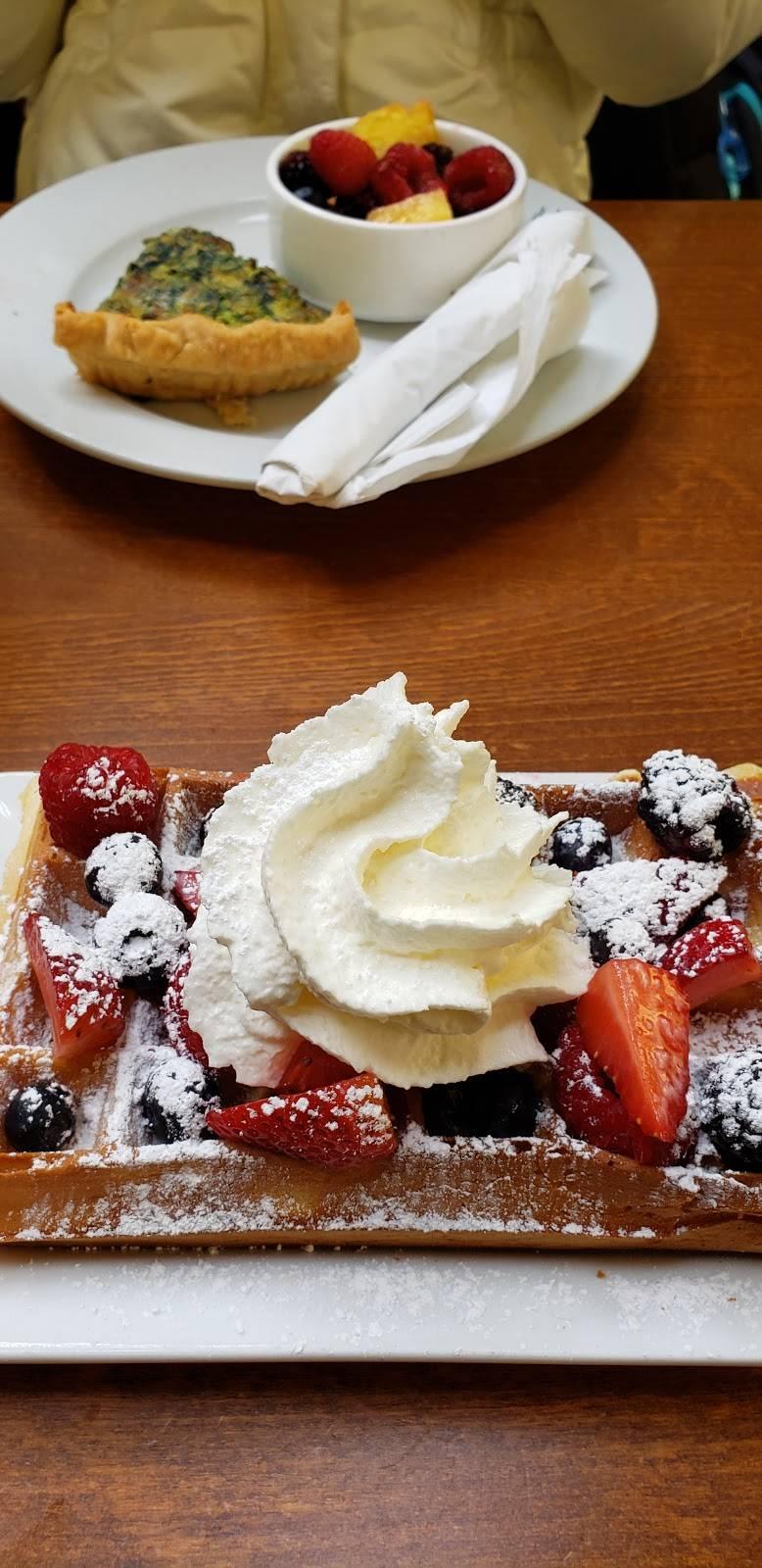 Corner Bakery Cafe   bakery   3903B, 3903B Fair Ridge Dr, Fairfax, VA 22033, USA   7039348703 OR +1 703-934-8703