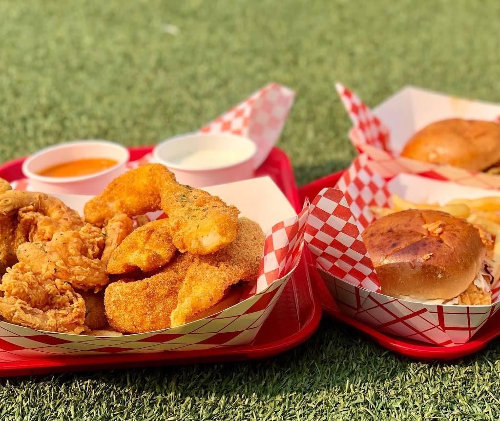 Skips Fish & Chicken Express | restaurant | 2330 Arden Way, Sacramento, CA 95825, USA | 9164903776 OR +1 916-490-3776
