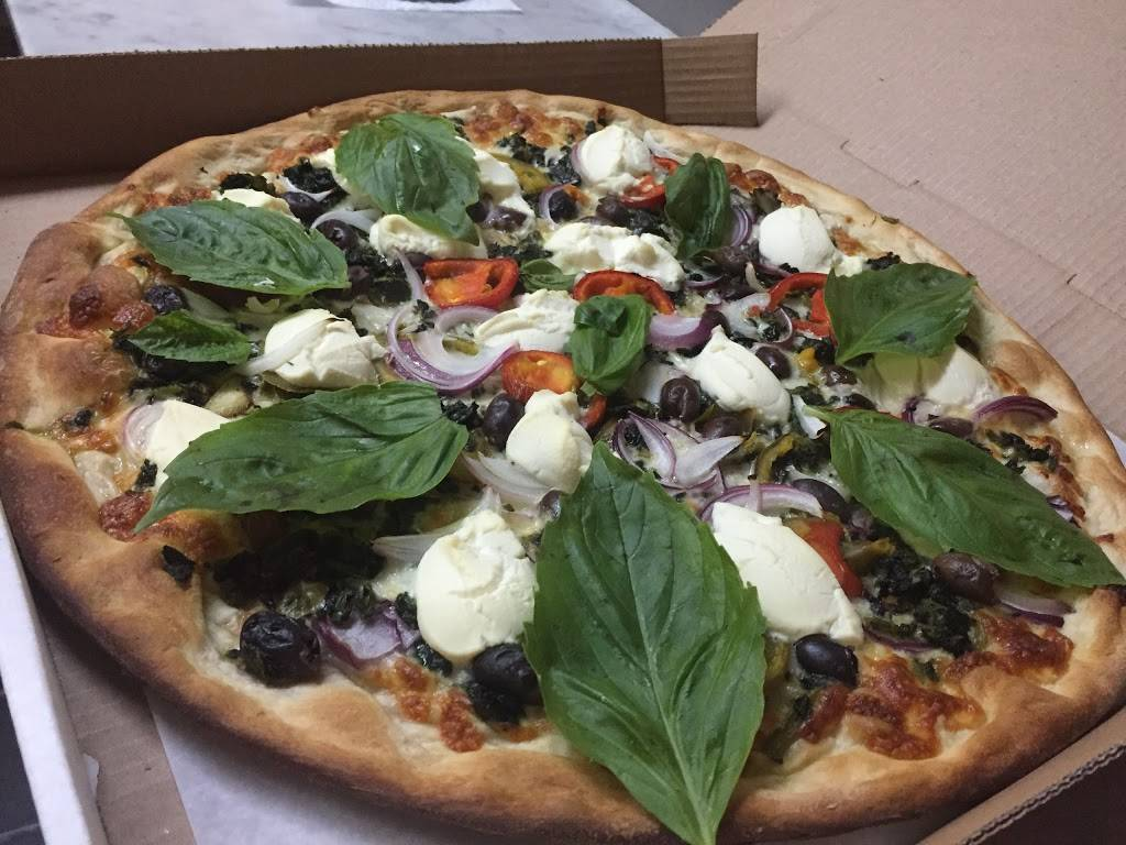 Portobello Restaurant & Pizza | meal takeaway | 782 Federal Rd, Brookfield, CT 06804, USA | 2037754400 OR +1 203-775-4400