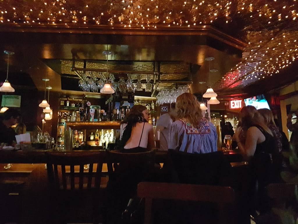 Bayards Ale House | restaurant | 533 Hudson St, New York, NY 10014, USA | 2129890313 OR +1 212-989-0313