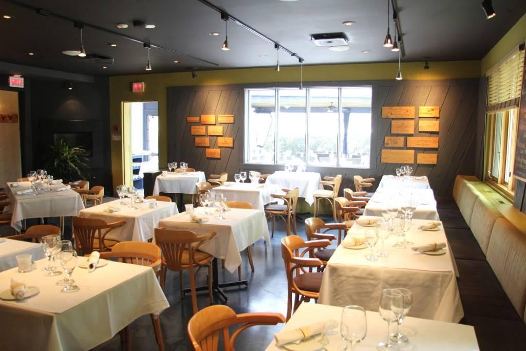 Le Castel | restaurant | 5800 Boul Gene-H.-Kruger, Trois-Rivières, QC G9A 3C2, Canada | 8193754921 OR +1 819-375-4921
