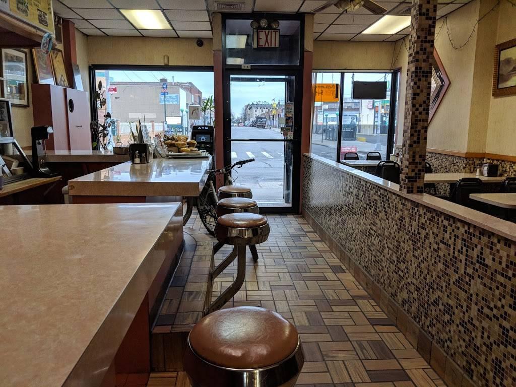 Bills   restaurant   9-85 Wyckoff Ave, Flushing, NY 11385, USA   7184564014 OR +1 718-456-4014