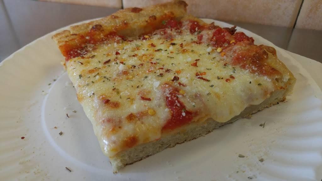 Best Italian Pizza | restaurant | 202 E Fordham Rd, Bronx, NY 10458, USA | 7185625806 OR +1 718-562-5806