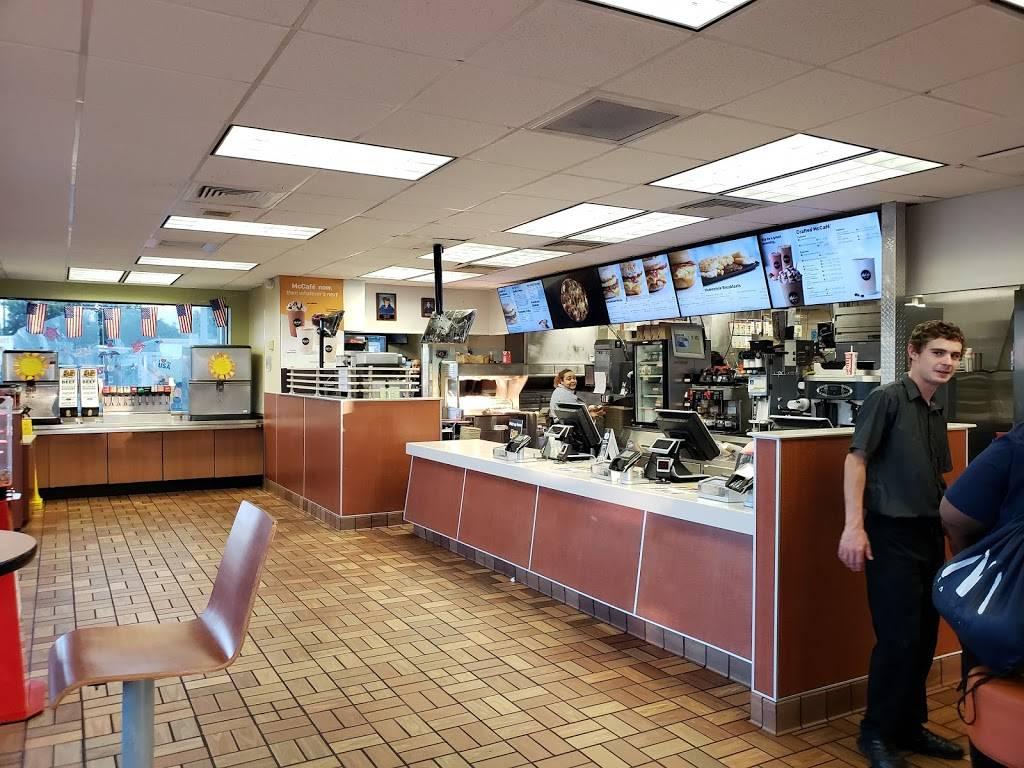 McDonalds   cafe   5111 Gulfport Blvd S, Gulfport, FL 33707, USA   7273237911 OR +1 727-323-7911