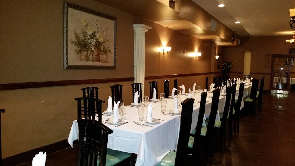 Ninas | restaurant | 635 Meeker Ave, Brooklyn, NY 11222, USA | 7183898854 OR +1 718-389-8854