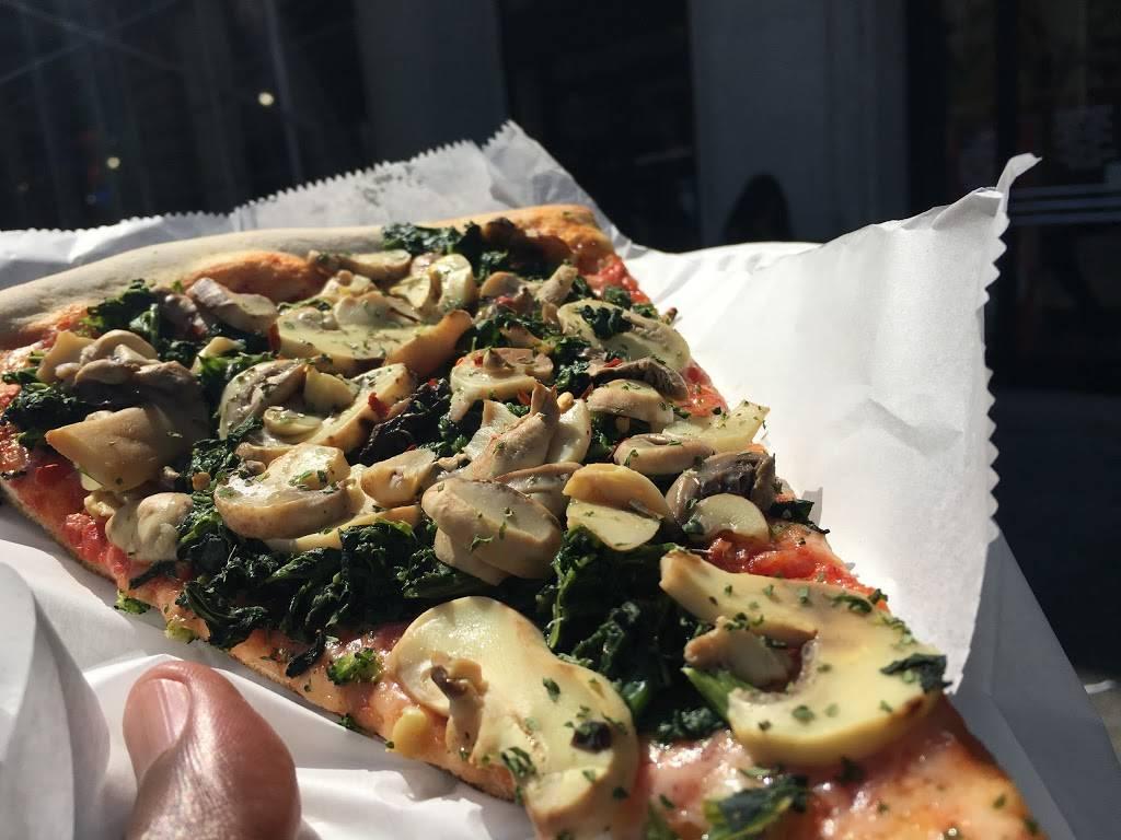 Antonios Pizzeria | restaurant | 32 Court St, Brooklyn, NY 11201, USA | 7182371700 OR +1 718-237-1700