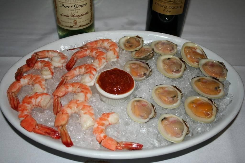 La Villini   restaurant   286 Larkfield Rd, East Northport, NY 11731, USA   6312616344 OR +1 631-261-6344