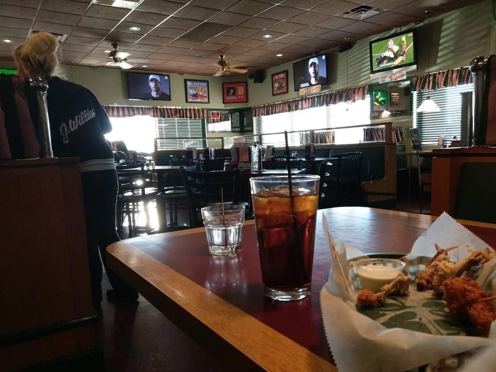 G. Willies Bar & Grill   restaurant   31230 Harper Ave, St Clair Shores, MI 48082, USA   5862937100 OR +1 586-293-7100
