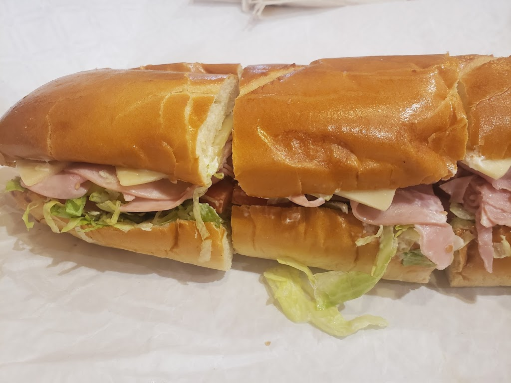 Wegmans Meals 2GO   meal takeaway   4287 Genesee Valley Plaza Rd, Geneseo, NY 14454, USA   5852439000 OR +1 585-243-9000