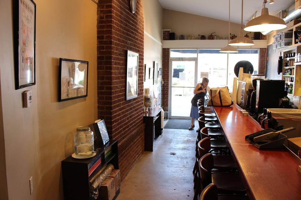 Atlas Coffee | cafe | 2206 Fontaine Ave, Charlottesville, VA 22903, USA | 4349701700 OR +1 434-970-1700