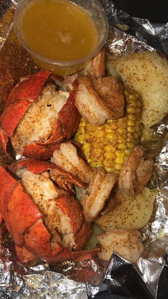 Super JJ, Fish, Chicken & Ribs | restaurant | River Oaks Mall Food Court, 96 River Oaks Center Dr, Calumet City, IL 60409, USA | 7735678798 OR +1 773-567-8798