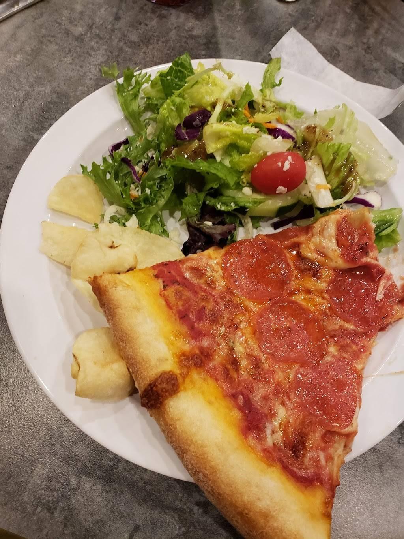 Tinos Pizzeria & Bar   restaurant   1 Wellington Blvd, Reading, PA 19610, USA   6106702052 OR +1 610-670-2052