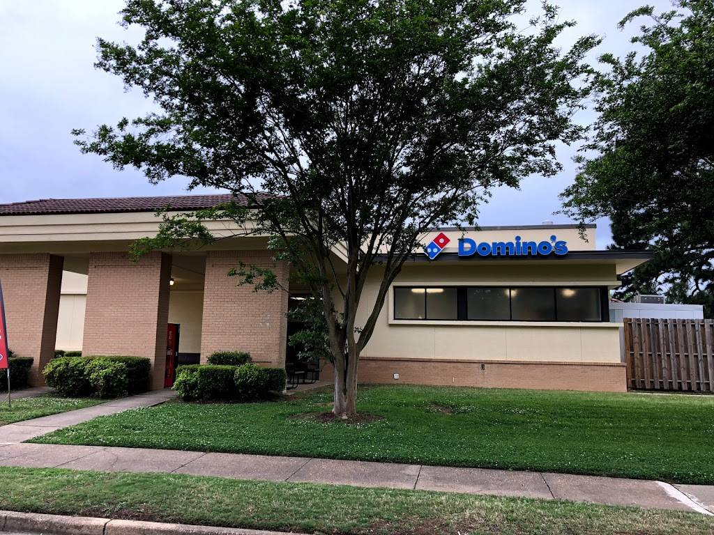 Dominos Pizza | meal delivery | 560 Chennault Cir Bldg 1420, Maxwell AFB, AL 36112, USA | 3342409606 OR +1 334-240-9606