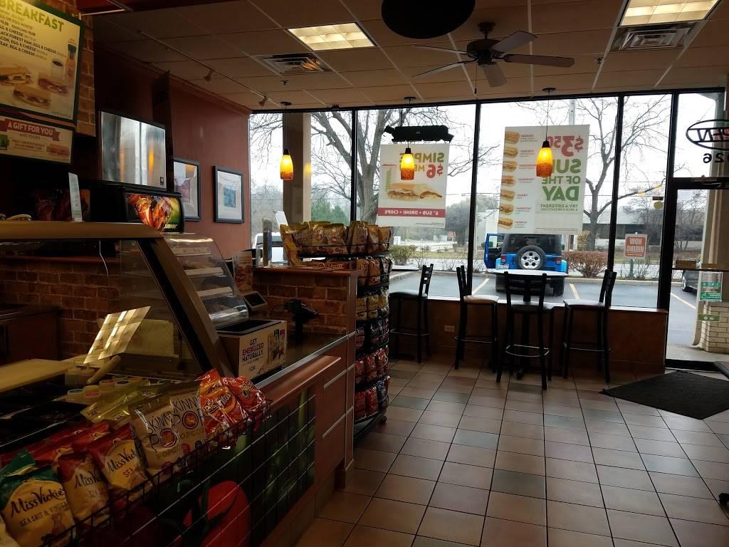 Subway Restaurants | restaurant | 1026 W Rand Rd, Arlington Heights, IL 60004, USA | 8472596282 OR +1 847-259-6282