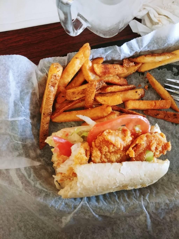 Po Boys Creole & Fresh Catch | restaurant | 900 Palmer St, Milton, DE 19968, USA | 3026840890 OR +1 302-684-0890