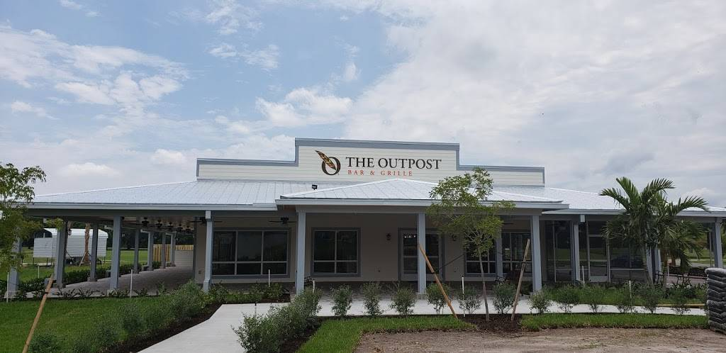 The Outpost Bar and Grille | restaurant | 14057 SW Golf Club Dr, Indiantown, FL 34956, USA | 7725973790 OR +1 772-597-3790
