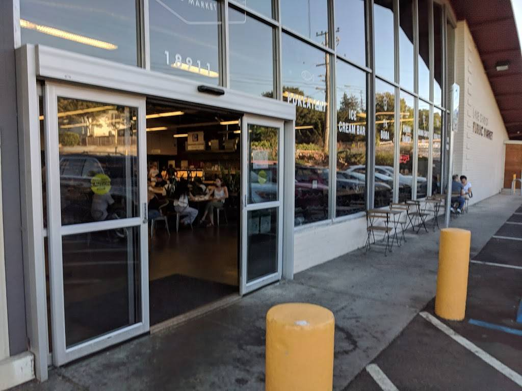 Lake Chabot Public Market | cafe | 18911 Lake Chabot Rd, Castro Valley, CA 94546, USA | 5105386263 OR +1 510-538-6263