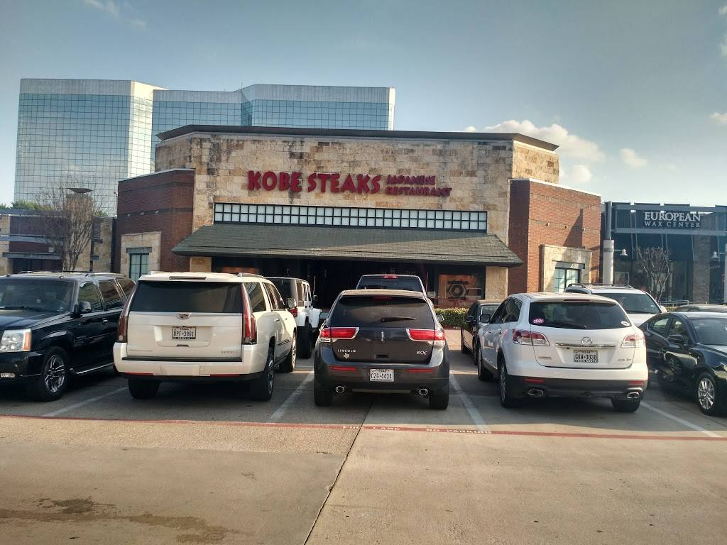 Addison Walk | shopping mall | 5000 Belt Line Rd, Dallas, TX 75254, USA | 4692323482 OR +1 469-232-3482