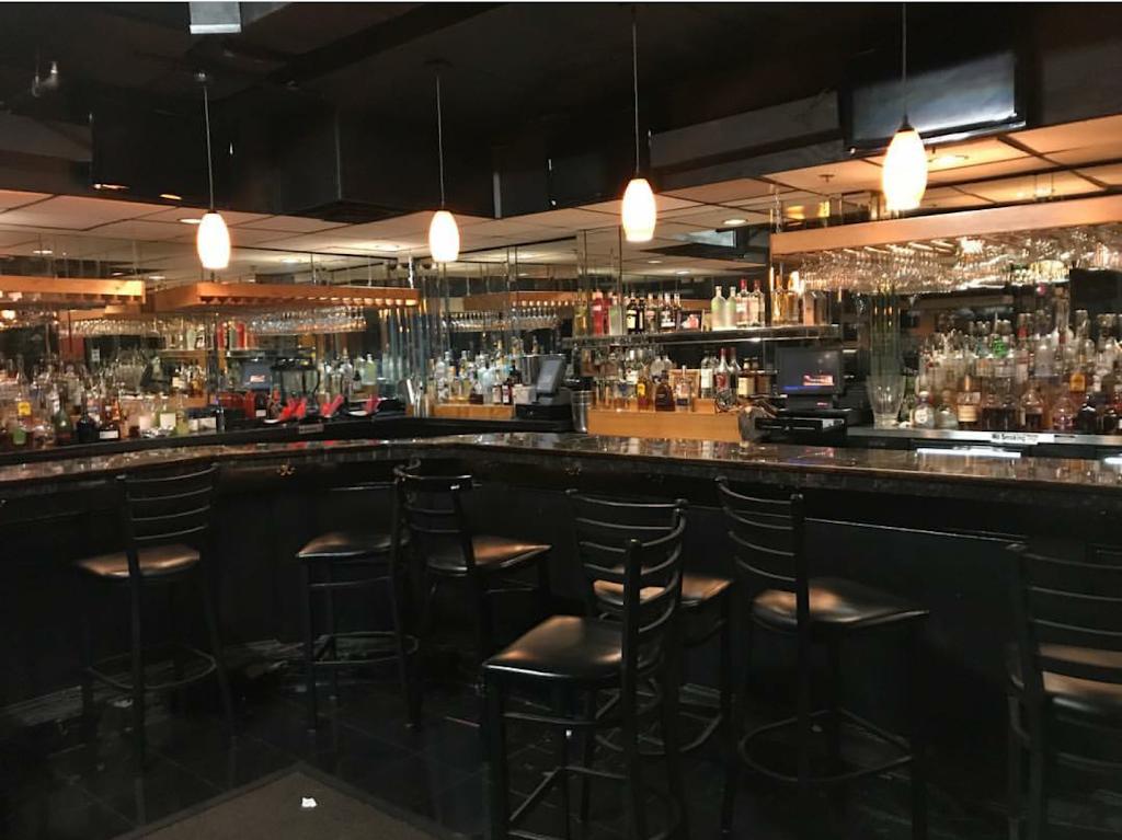Veloure' Restaurant & Lounge | restaurant | 2930 Ember Dr, Decatur, GA 30034, USA