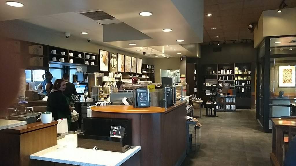 Starbucks | cafe | 1845 Southfield Rd, Lincoln Park, MI 48146, USA | 3133886408 OR +1 313-388-6408