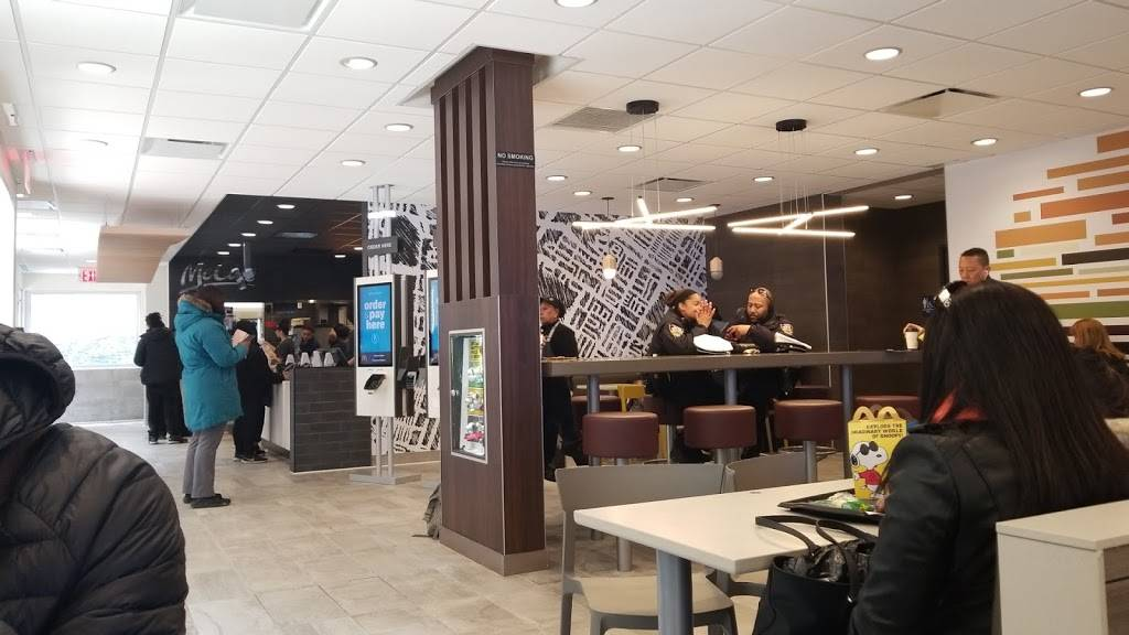 McDonalds   cafe   2065 Jerome Ave, Bronx, NY 10453, USA   7187332819 OR +1 718-733-2819